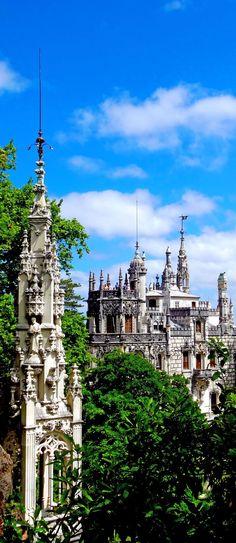 ღღ Gorgeous Quinta da Regaleira Palace in Sintra, Portugal | Travel Impressions From Lisbon, Cidade Vibrante #portugaltravel