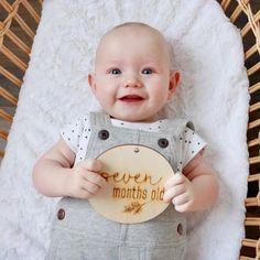 Petit garçon pimpant de 7 mois! 🐥 7-months-old dashing little boy! . . #francemarsstudio   📷 @deemckinn