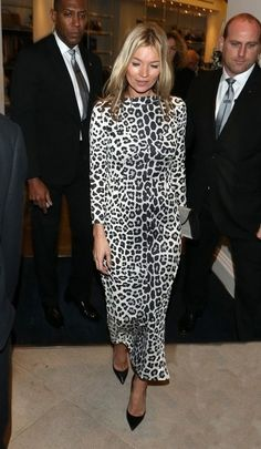 Kate Moss at her own book signing in Marc Jacobs. Yep. Umm. Hmmm.