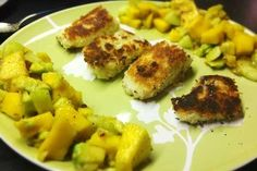 Fish in coconut flour with mango salsa
