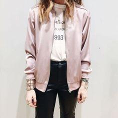 Eu Não tenho Roupa - Primeiro Blog de Moda Curitiba: Bomber Rose Quartz ou Bomber Rose Pale ou Bomber Rose Gold ou Bomber Rosa MUITO AMOR!