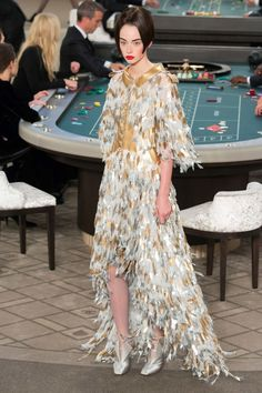 Karl Lagerfeld is a master when it comes to making the perfect party dress. I want to wear this Chanel gown on my birthday!