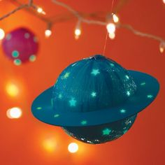 DIY glow in the dark planets