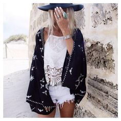 Pic. Black and white outfit: white shorts, white top with lace details, black kimoni and hat