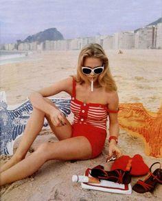 red / vintage bathing suit + shoes / L'Officiel magazine 1974