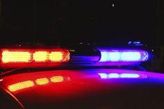 Três homens foram presos em flagrante, na madrugada desta segunda-feira (25), em Iacanga, cidade vizinha a Bauru, com 201 quilos de carne bovina escondidos no porta-malas de um carro.  Segundo a Polícia Civil, minutos antes, eles haviam abatido uma cabeça de gado de uma propriedade na zona rural o