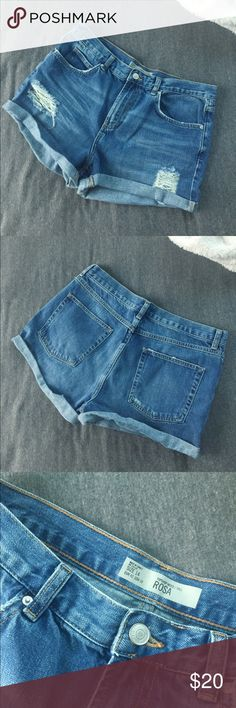 Topshop Moto Tall Rosa Jean Shorts Topshop Jean shorts, only worn once! Slightly distressed, overall great summer shorts! Topshop Shorts Jean Shorts