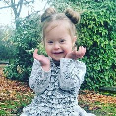 Adorable toddler with Down's Syndrome signed to top modelling agency Beautiful Little Girls, Beautiful Children, Cute Mixed Babies, Cute Babies, Down Syndrome Baby, Top Modeling Agencies, Blonde Hair Girl, Baby Arrival, Kids Health