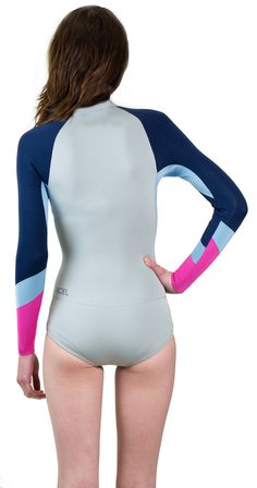 Look and feel great in the water in this Women s XCEL L S Springsuit at 259317b43