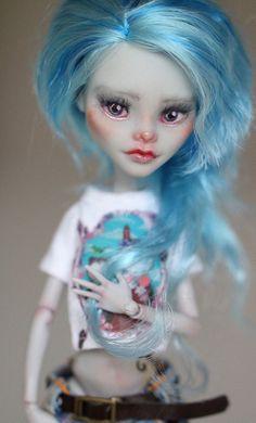 Ghoulia - OOAK Monster High