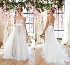 Cheap Flowy Beach Wedding Dresses 2016 Sheer Illusion Neckline Lace Bodice Tulle Skirt Bridal Gowns Low Back Bohemia Bridal Dresses Vintage Online with $111.96/Piece on Sweet-life's Store | DHgate.com