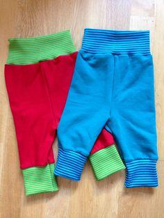 Babyhosen für Gabriel mit dem Soccer Player Leggings Schnitt der Ottobre 3/2014. Die Bündchen-Teile wurden verlängert.