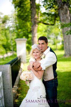 Wedding pose, wedding poses, Bride and groom, wedding dress ...