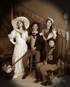 From Disney to Silks Saloon.  This family looks like they stepped out an old time celluloid picture.#fun #oldtimephotostyle #oldtimephotostudio #oldtimephotos #oldtymephotos #reachforthesky #photography #glenwood #glenwoodsprings #glenwoodcaverns #glenwoodcavernsadventurepark #thingstodo #colorado #coloradovaca #coloradovacation
