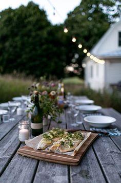 A Simple Evening: Summer's End | The Fresh Exchange The Last Summer, End Of Summer, Summer Hygge, Outdoor Dinner Parties, Garden Parties, Backyard Parties, Hacks Ikea, Best Ikea, Le Jolie
