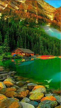 Lago Moraine no Parque Nacional de Banff, Alberta, Canadá. Beautiful Nature Pictures, Beautiful Nature Wallpaper, Amazing Nature, Nature Photos, Beautiful Landscapes, Beautiful World, Beautiful Places, Beautiful Beautiful, Stunning View