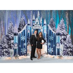 Make Ice Castle walls from blocks of ice for Winter Wonderland theme. Description from pinterest.com. I searched for this on bing.com/images