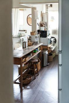 Kitchen Design, Kitchen Interior, Room Interior, Interior Design, Home And Living, Living Room, Japan Design, Japanese House, Home Hacks