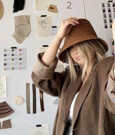 Crochet Clothes, Crochet Hats, Raffia Hat, Summer Hats For Women, Build A Wardrobe, Her Style, Fabric Design, Peruvian Connection, Bright Ideas