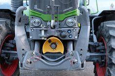 Mehr #Traktor oder eher ein #Roboter? Der Phantasie sind keine Grenzen gesetzt. Master Chief, Character, Robotics, Tractor, Lettering