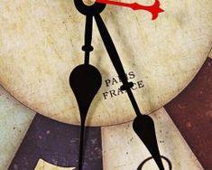 Prepracované retro nástenné hodiny Retro, Retro Illustration