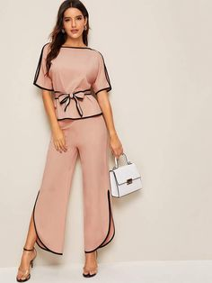Shein Contrast Binding Belted Top With Split Pants Suit Fashion, Fashion Pants, Look Fashion, Fashion News, Fashion Dresses, Womens Fashion, Fashion Blouses, Blouses For Women, Pants For Women