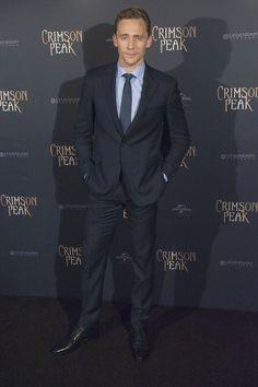 Tom Hiddleston. Paris #CrimsonPeak Via Torrilla.