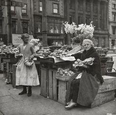Fruit and vegetable women, Dublin, Dublin Street, Dublin City, Old Irish, Irish Celtic, Old Pictures, Old Photos, Irish Fashion, Images Of Ireland, Photo Engraving