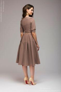 Купить платье кофейного цвета длины миди с короткими рукавами 1001 DRESS