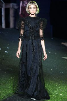 Marc Jacobs Spring 2014 Ready-to-Wear Collection Slideshow on Style.com