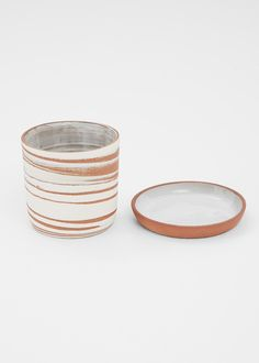 Helen Levi Desert Planter with Saucer (Red Clay / White )
