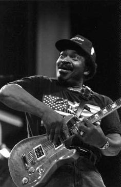RIP 'One of the undersung GIANTS of Electric Blues Guitar, more known as a supporting BADASS than a Front man. Matt had… Matt Guitar Murphy, Matt Murphy, Blues Brothers Movie, Best Guitarist, Movies Coming Out, Guitar Collection, Blues Music, Cool Guitar, Playing Guitar