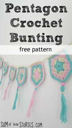 Free Pentagon Crochet Bunting Pattern — Sum of their Stories Crochet Wall Art, Crochet Home, Crochet Crafts, Crochet Projects, Free Crochet, Knit Crochet, Knit Cowl, Hand Crochet, Crochet Bunting Free Pattern