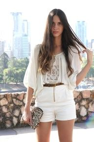 2a4ab69765a all white and blousy Moda Outfits