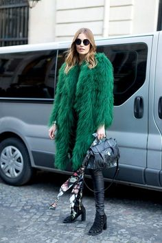 Fall winter inspiration | Streetstyle | Fake fur coat | Green | Black leather | Scarf | Bag | Heeled boots | More on Fashionchick
