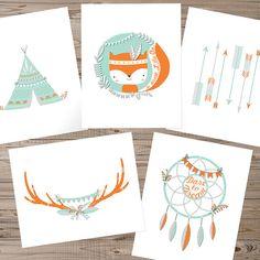 Fox vivero arte, descarga inmediata, conjunto de 5, arte Tribal vivero, bosque vivero arte, arte de pared de tipi, imprimir asta, arte de la pared del cazador de sueños  Arte de la pared con temática de fox tribal moderno, ideal para un tribal o de la naturaleza inspiró a vivero, niño o niña! Diseño moderno y simplista, va bien en todos los espacios.  El juego incluye- Flecha de impresión - 8 x 10 vertical Zorro de impresión - 8 x 10 vertical Tipi de impresión - 8 x 10 vertical Cornamenta de…