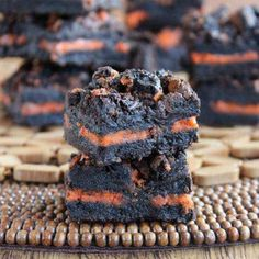 Autumn Oreo Brownies is a wonderful recipe and all you have to do is lay cookies in between two layers of the batter. All autumn long!