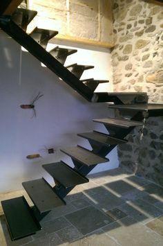 squelette escalier acier bross avec quart tournant palier pour dalle de verre et marches en. Black Bedroom Furniture Sets. Home Design Ideas