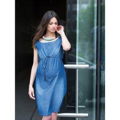 Cette robe de grossesse vous donnera un confort. Légère et agréable à porter, elle sera la pièce phare de votre garde robe cet été. Elle mettra en avant votre ventre avec sa ceinture à nouer sous la pointrine.