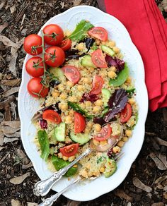 Protein-Power-Salad-The-Miniature-Moose quick vegetarian and vegan high protein salads
