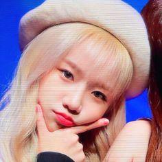Oh My Girl Yooa, Cool Girl, Kpop Girl Groups, Kpop Girls, Yuri, Kpop Girl Bands, Japanese Girl Group, Olivia Hye, Fun To Be One
