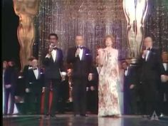 """1975 ACADEMY AWARDS ~ Frank Sinatra, Sammy Davis Jr., Shirley MacLaine, Bob Hope, and winners and nominees sing """"That's Entertainment"""" as the Oscars' big finale. (4:33) [Video]"""
