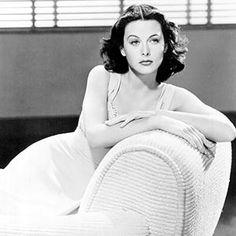 "Hedy Lamarr   Aktore, asmatzaile eta ingienaria Actriz, inventora e ingeniera  ""All creative people want to do the unexpected. """
