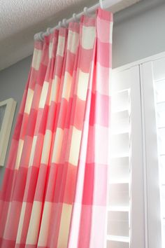 Little Green Notebook: Room Tour: Lauren Leonard Interiors Fabric Wallpaper, Of Wallpaper, Gingham Curtains, Buffalo Check Curtains, Little Green Notebook, Girlie Style, Pink Gingham, Curtain Designs, Room Tour