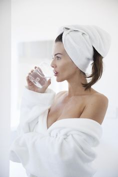 The Best Time to Take Collagen for Your Beauty and Health Goals Morning Beauty Routine, Beauty Routines, Sisterlocks, Facial Care, Spa Day, Beauty Make Up, Beauty Skin, Collagen, Beauty Hacks
