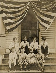 Antique Photo of Children sitting by a large American Flag. Time Pictures, Old Pictures, Old Photos, Vintage Photographs, Vintage Images, Black And White Pictures, Red And White, God Bless America, America America