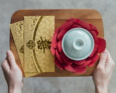 Hope you are all enjoying the Chinese New Year festivities with your loved ones! We really enjoyed making the paper peonies for our CNY greeting yesterday, so we thought we'd share with you the process. These paper flowers would be great not only as decor for the New Year's but also for wedding tea ceremonies,…