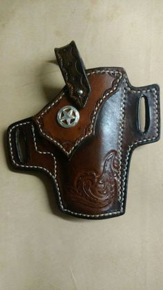 Texas star leather holster Xds 45 Holster, Leather Projects, Leather Crafts, Custom Leather Holsters, Pink Guns, Leather Tooling Patterns, Sewing Leather, Leather Working, Cuff Bracelets