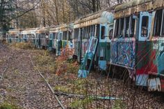 See Inside the Abandoned Trolley Graveyard Near Johnstown, Pennsylvania - UncoveringPA Touring the Abandoned Trolley Graveyard near Johnstown, Pennsylvania offers a chance to see the trolleys collected by the Vintage Electric Streetcar Company. Johnstown Pennsylvania, Pennsylvania Turnpike, Abandoned Mansions, Abandoned Places, Abandoned Train, Abandoned Castles, Haunted Places, Abandoned Buildings, Bethlehem Steel