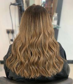 warm caramel balayage, long wavy hair. Lvl Lashes, Keratin Complex, Caramel Balayage, Hair And Beauty Salon, Long Wavy Hair, Best Brand, Stylists, Warm, Long Hair Styles